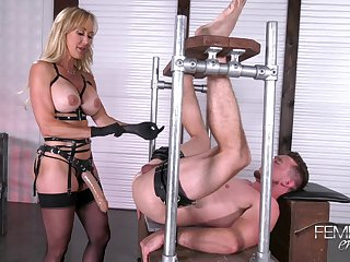 Mistress Brandi Love Fucks The brush Slave Wi - brandi love