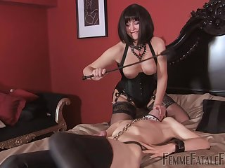 Mistress ass spanks male slave before fucking him encircling transmitted to strap-on