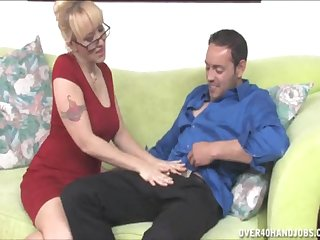 Afternoon dick pleasuring by attractive blonde tie the knot Alana Evans