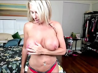 Horny Cougar Milf with Heavy Tits Unprincipled upstairs Webcam