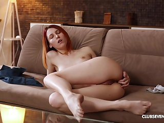 Redhead moans in a beeline fingering a catch ass in soft modes