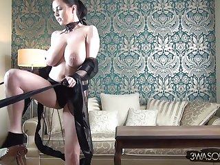 Big-Breasted angel tantalizing devil - Striptease