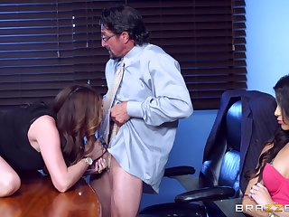 Office indiscretion for Veronica Rodriguez and Ariella Ferrera